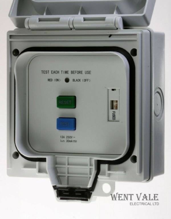 SJM Electrical - Outdoor Power - E6RCSP-N - IP66  13a Fused RCD Spur